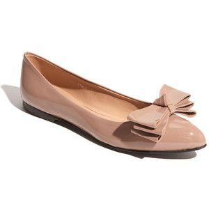 Незамінні балетки - зручна жіноче взуття.