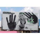 Креативна реклама від Calvin Klein. Фото